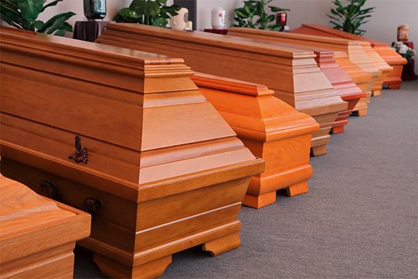 Das Bestattungshaus Neesen & Neesen unterstützt Sie im Trauerfall.